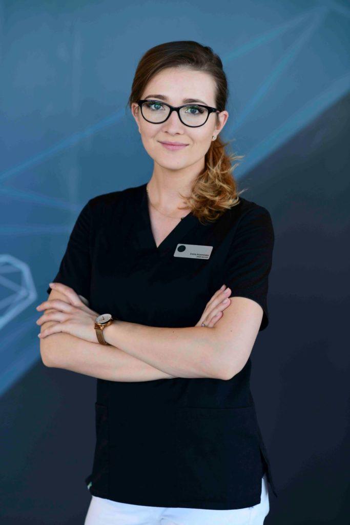 DSC 3098 e1571734687159 1 - Lek. dent. Emilia Krzemińska